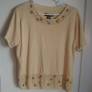 Nortonmcnaughton Woman 1x yellow sweater